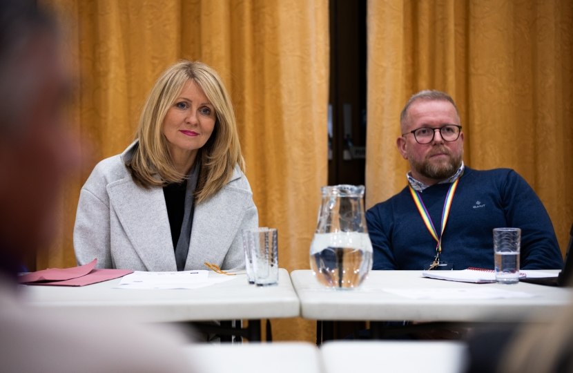 Esther McVey MP and Cllr Phil Marshall meet local residents